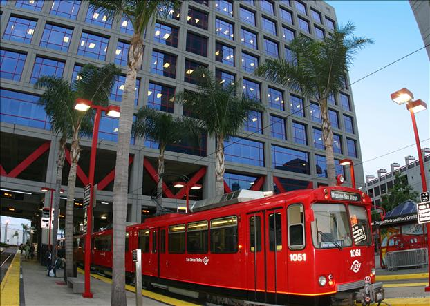 Downtown Trolley 12th St. Station